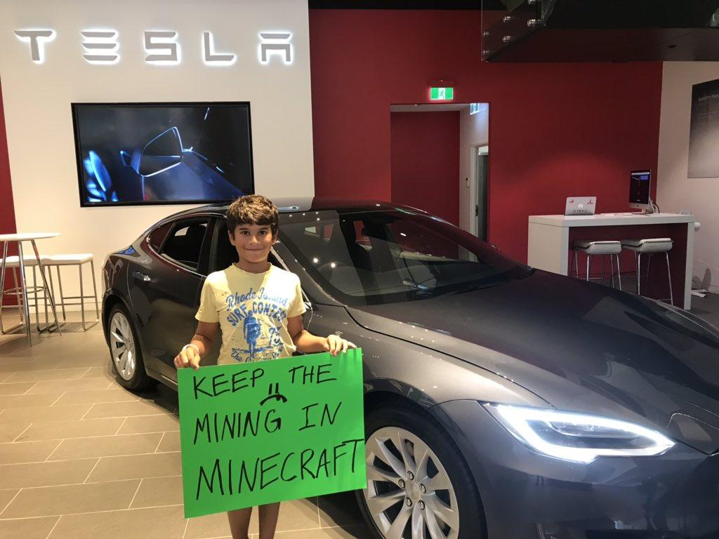 Circular Fashion Centre's photo on #Tesla