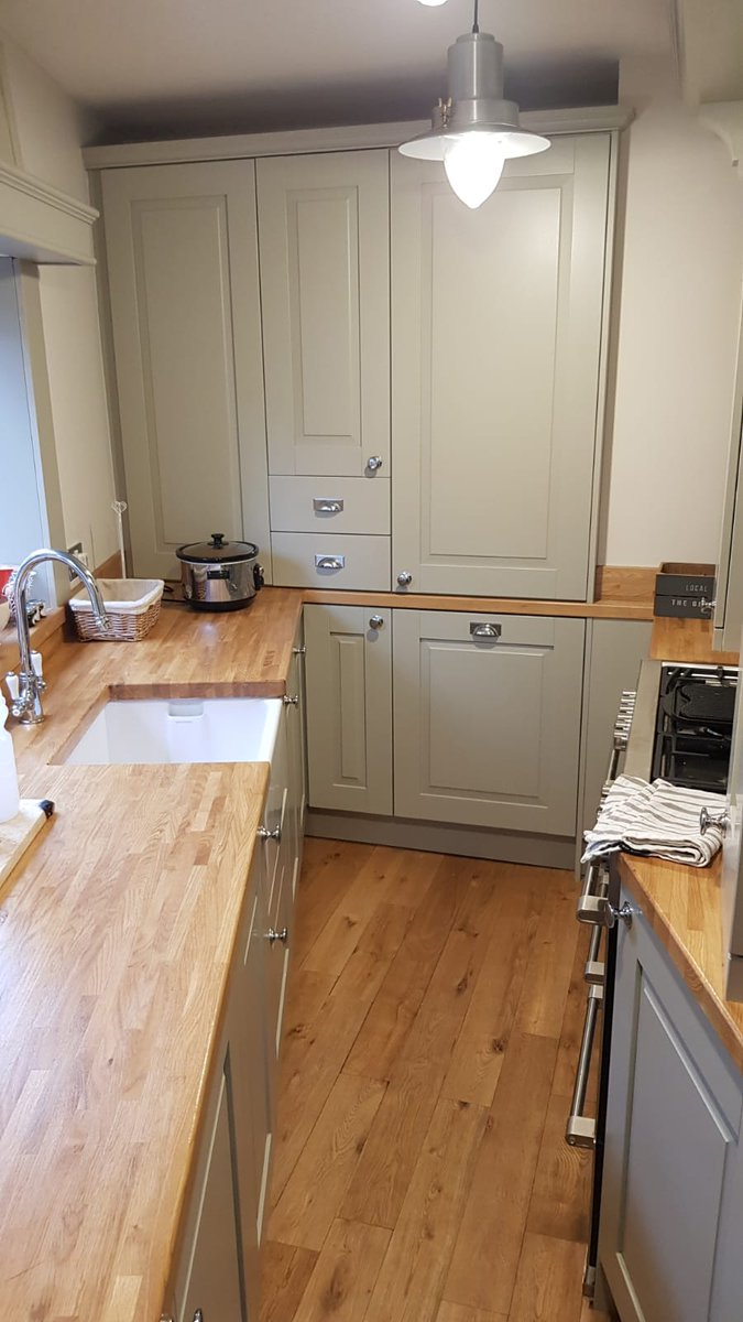 2bb9cbdfad531  StovesUK range cooker    SiemensHomeUK intergrated appliances!  kitchens   paintedkitchen  bespokekitchenspic.twitter.com C7vhDsO5uW