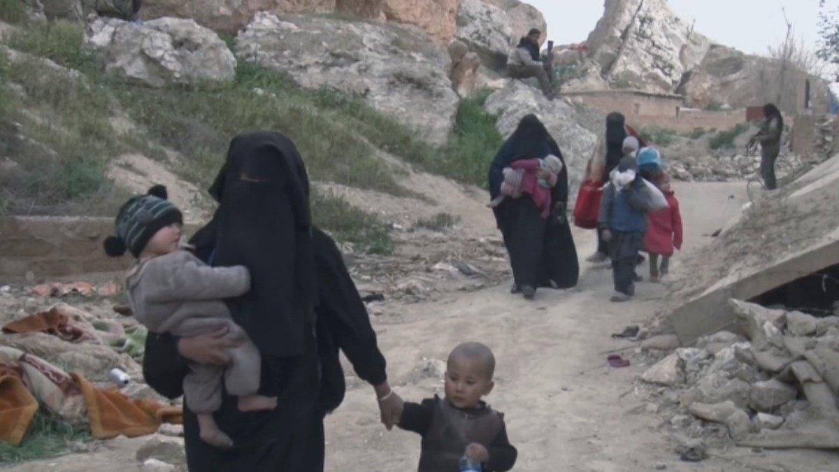 Hundreds surrender in last IS enclave, SDF advance https://reut.rs/2TL8OxN