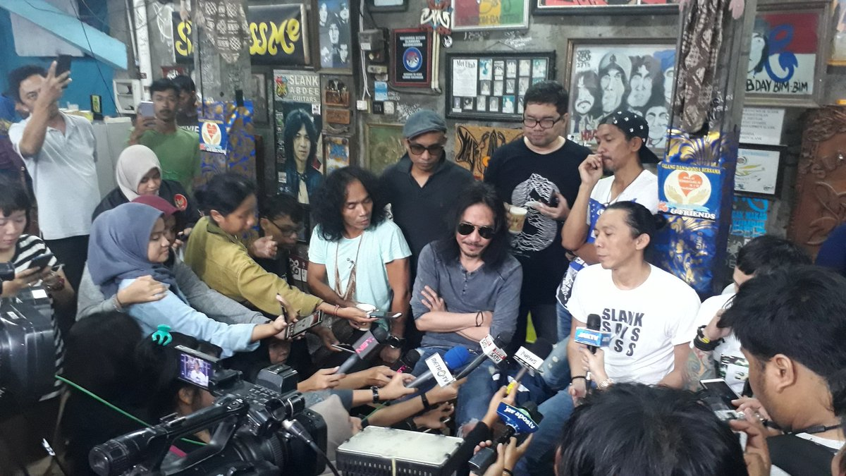 Slank Band's photo on #BarengJokowi