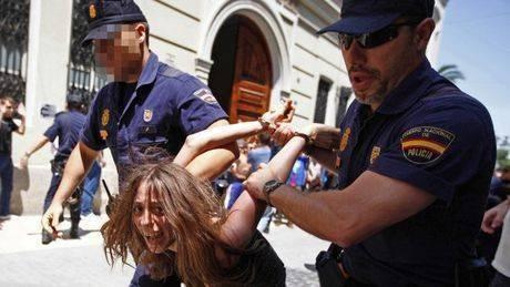 Almudena Negro 🇪🇸 🇩🇪's photo on Hoy 15