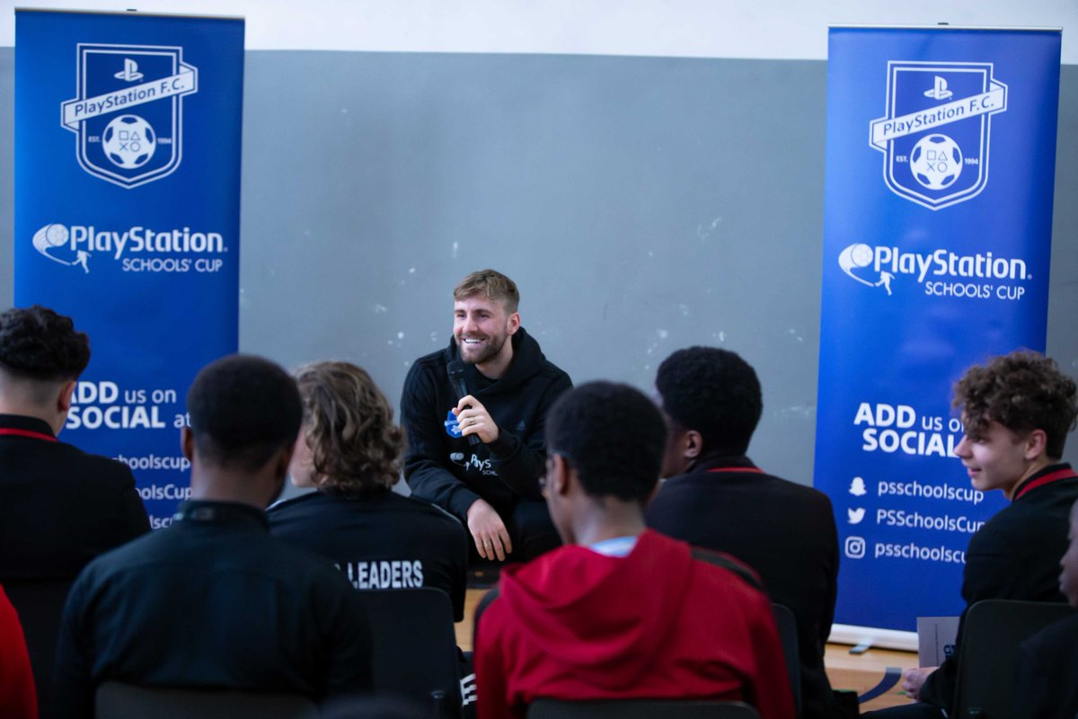 What an awesome day we had at @TrinityHighPE with @ManUtd star @LukeShaw23! The environment was electrifying ⚽ 🎮 #psschoolscup #playstationfc