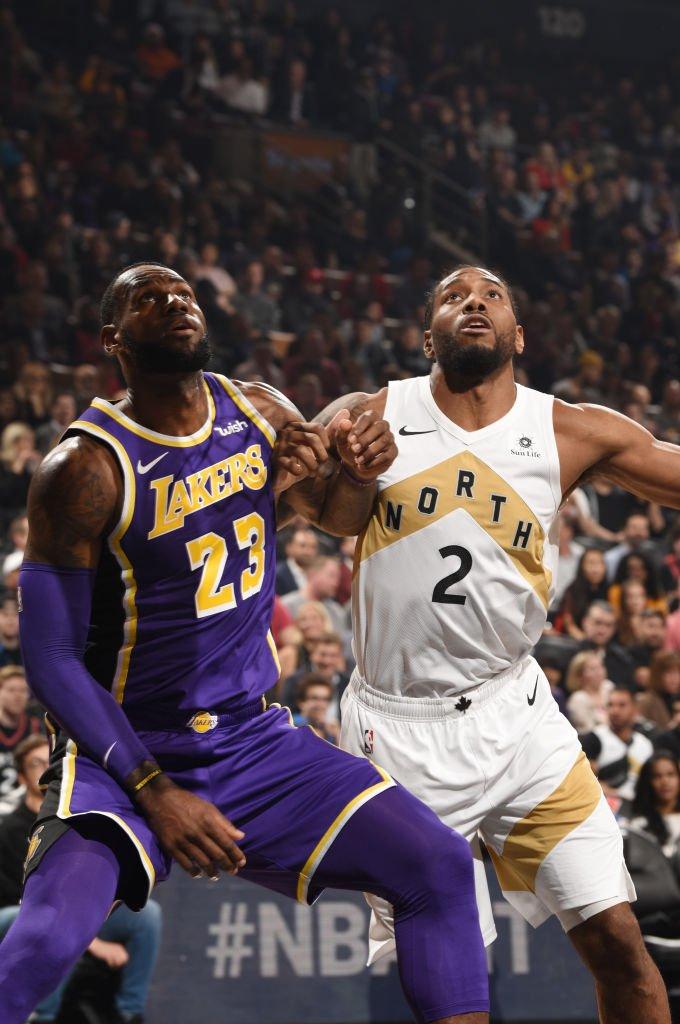 👑 @KingJames erzielt 29 PTS, 6 AST, 12/23 FG in Toronto gegen Kawhi, kann aber die @Lakers Niederlage wieder nicht verhindern.   Die #LakeShow ist jetzt bereits 7.5 Siege von Rang 8 entfernt... bei noch 14 verbleibenden Partien.