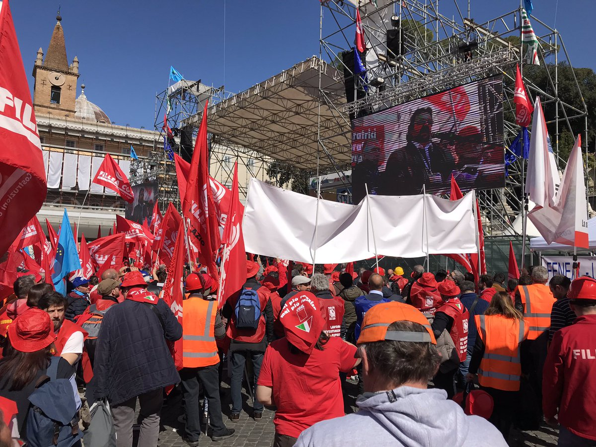 Cgil Napoli's photo on #atestaalta