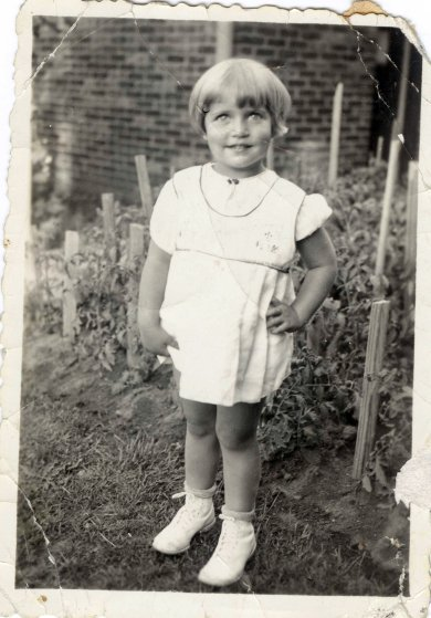 Happy Birthday to Ruth Bader Ginsburg !  Seen here as a 2 year old....