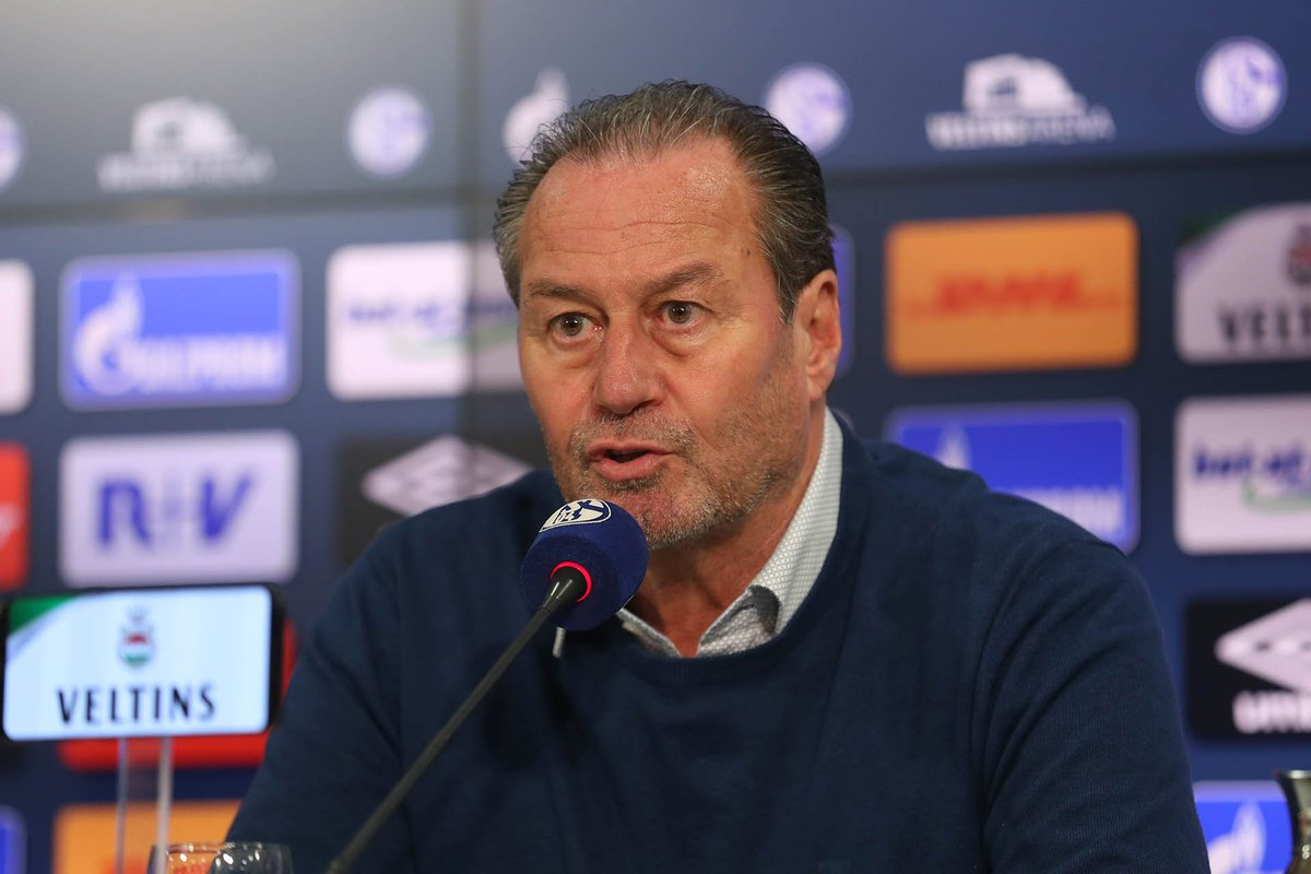 FC Schalke 04's photo on Huub Stevens