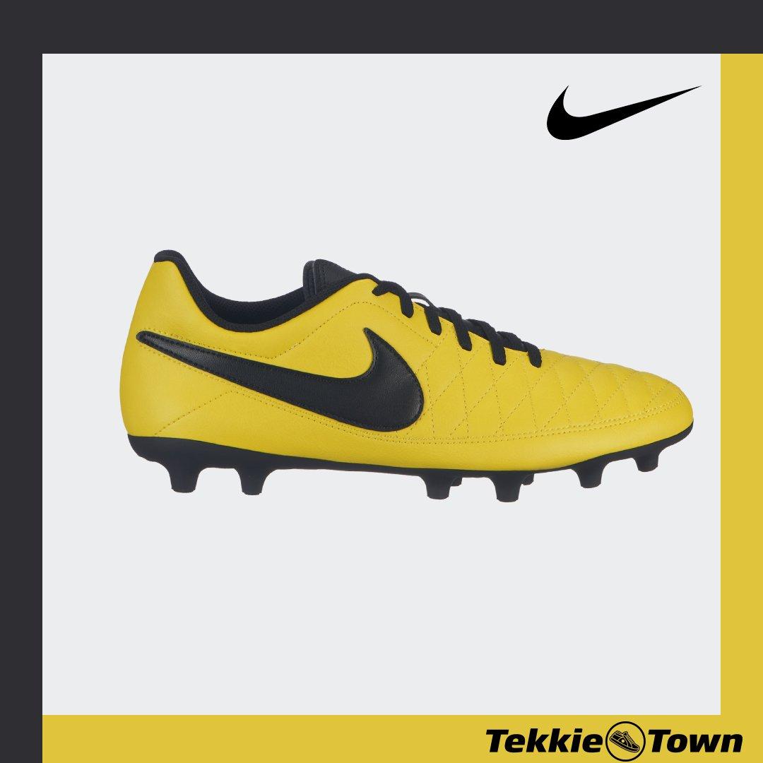 It's soccer season and Tekkie Town has