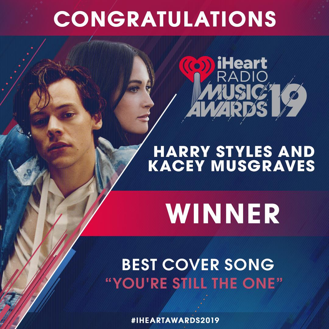 Congratulations to @Harry_Styles and @KaceyMusgraves for winning #BestCoverSong at this year&#39;s #iHeartAwards2019 !|  Thank you to all of you who voted - we did it! <br>http://pic.twitter.com/k7EpVD5Y2t
