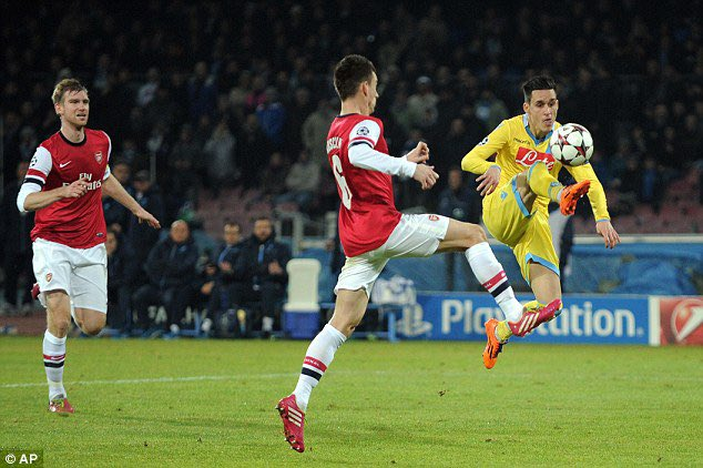 ┘єпДпе┘ѕ┘ё┘і пепД┘ёп╣п▒пе┘і's photo on #ArsenalNapoli