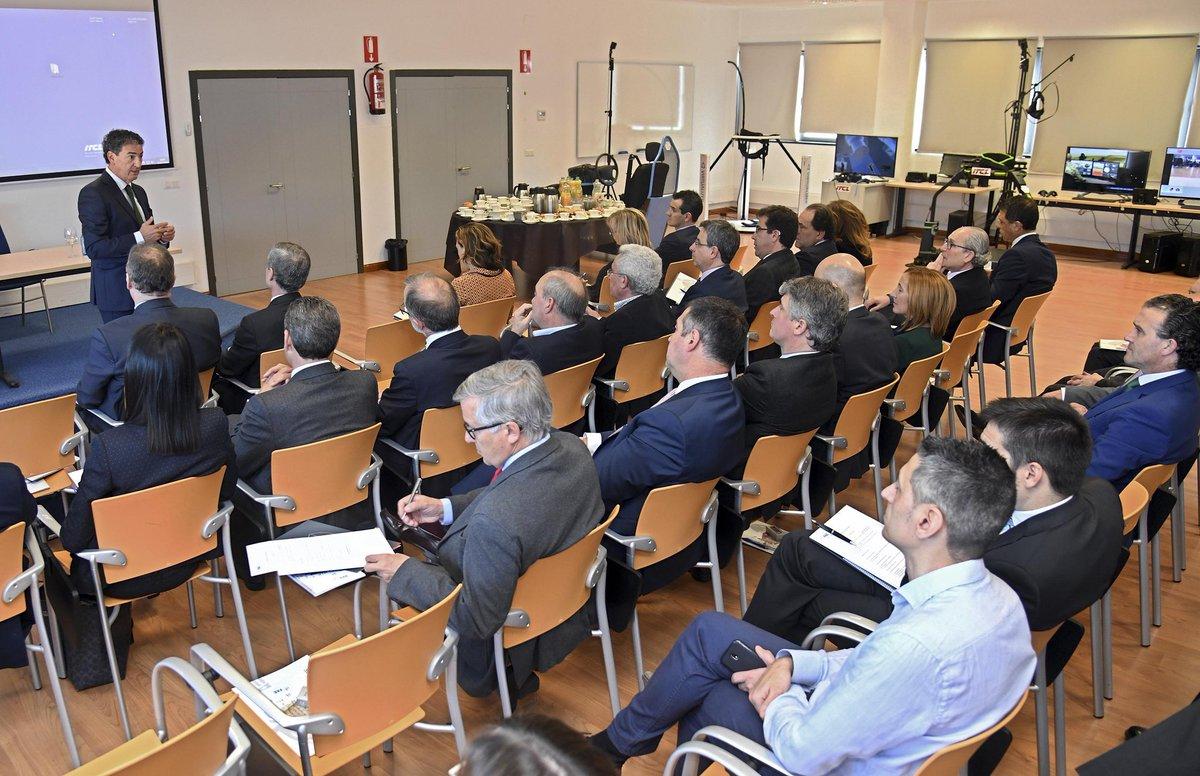 El Consejo Industrial de @FAEBurgos presenta iniciativas : @polopositivo_es y el trabajo en salud e innovación del Hospital Universitario de Burgos #HUBU, además de @DihbuIndustry40 @MedicosBurgos #30añosITCL
