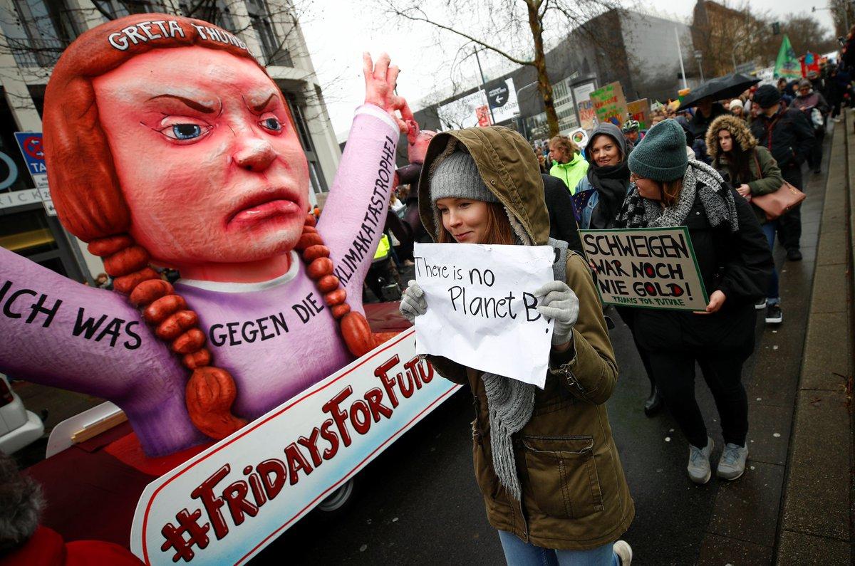 El HuffPost's photo on #FridayForFuture