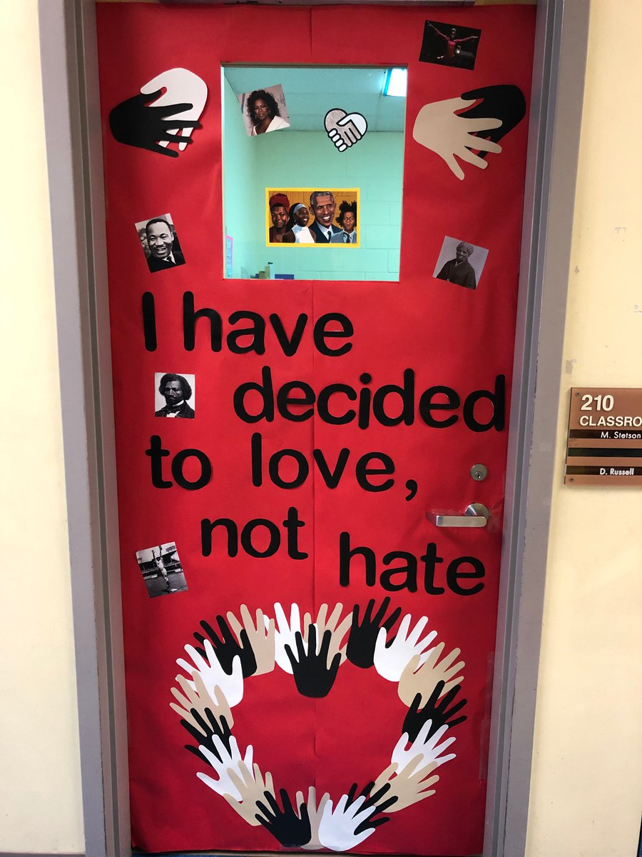 Carlin Springs Cardinals participated in a door decorating contest to celebrate Black History Month. Yesterday our judges viewed all of the great work. We can't wait to find out the winner (and who wins a pizza party)! <a target='_blank' href='http://search.twitter.com/search?q=APSArtsGreat'><a target='_blank' href='https://twitter.com/hashtag/APSArtsGreat?src=hash'>#APSArtsGreat</a></a> <a target='_blank' href='http://search.twitter.com/search?q=BlackHistory2Me'><a target='_blank' href='https://twitter.com/hashtag/BlackHistory2Me?src=hash'>#BlackHistory2Me</a></a> <a target='_blank' href='https://t.co/muIKpGjjnx'>https://t.co/muIKpGjjnx</a>