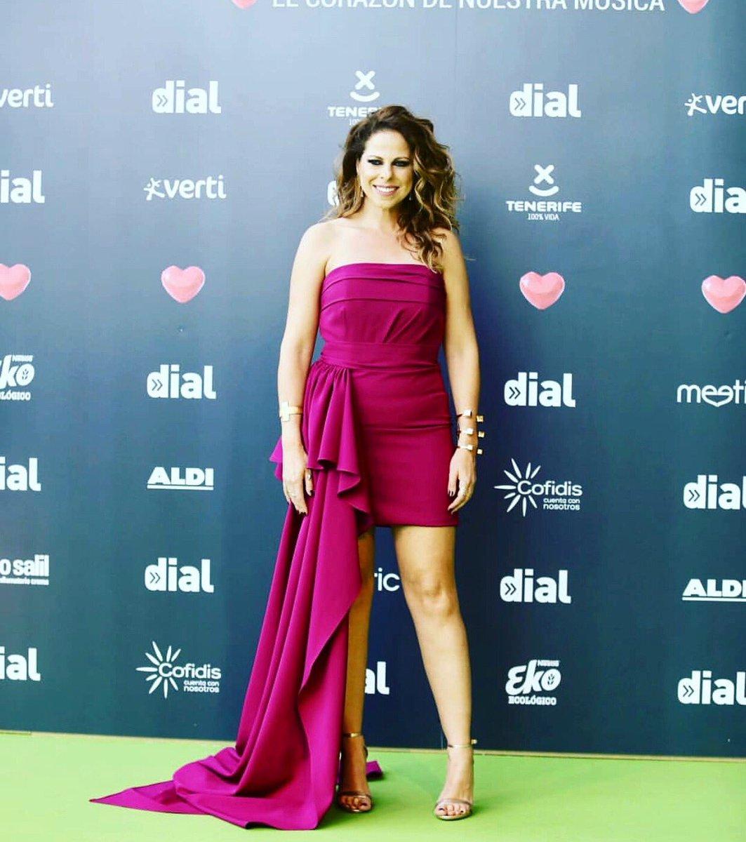 Pastora Soler's photo on #PremiosDial