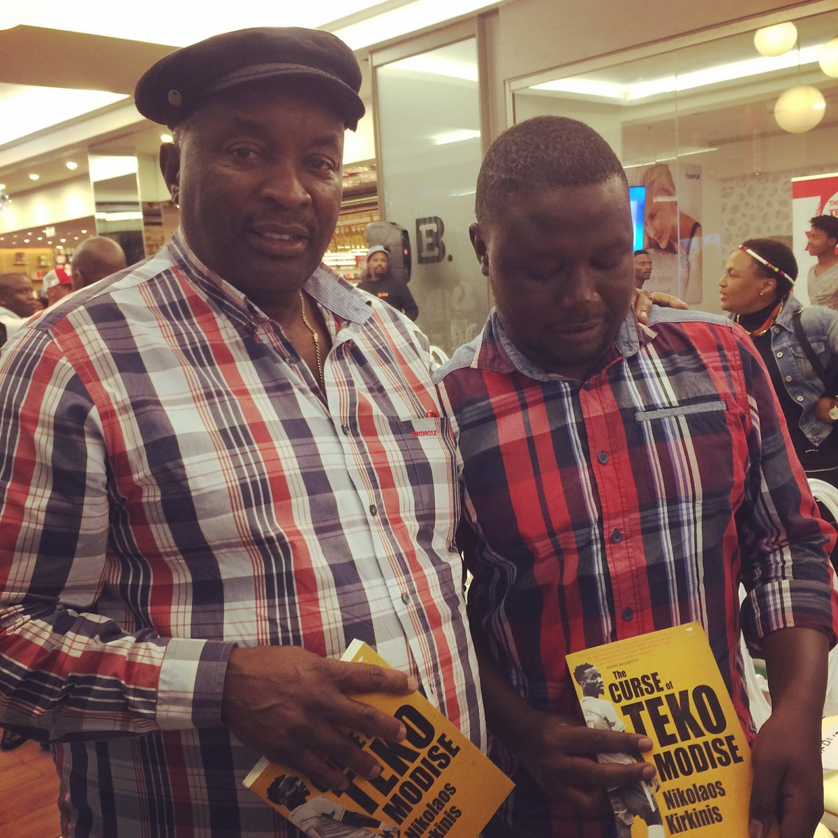 I never watched the great Jomo Sono play I respect the contribution he made in football. Being a Tsonga as well makes me very proud to speak the same language as him.#AskJomo <br>http://pic.twitter.com/ImbJZZJud7