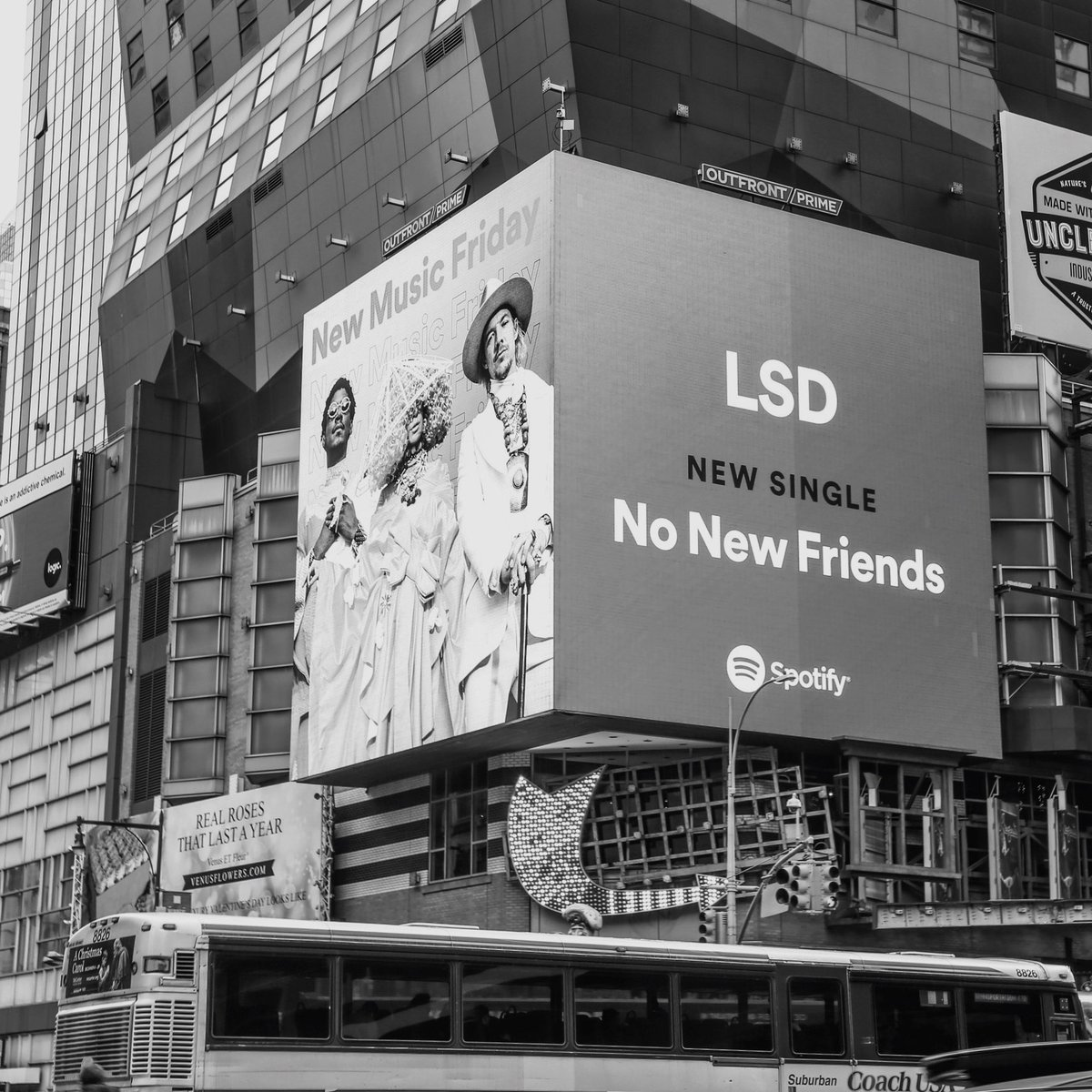 all the #NewMusicFriday love on @spotify has been crazy! #NoNewFriends is out now. Hear the full album on April 12th  http:// smarturl.it/LSD-NoNewFrien ds/spotify &nbsp; … <br>http://pic.twitter.com/3o0VOhigBb
