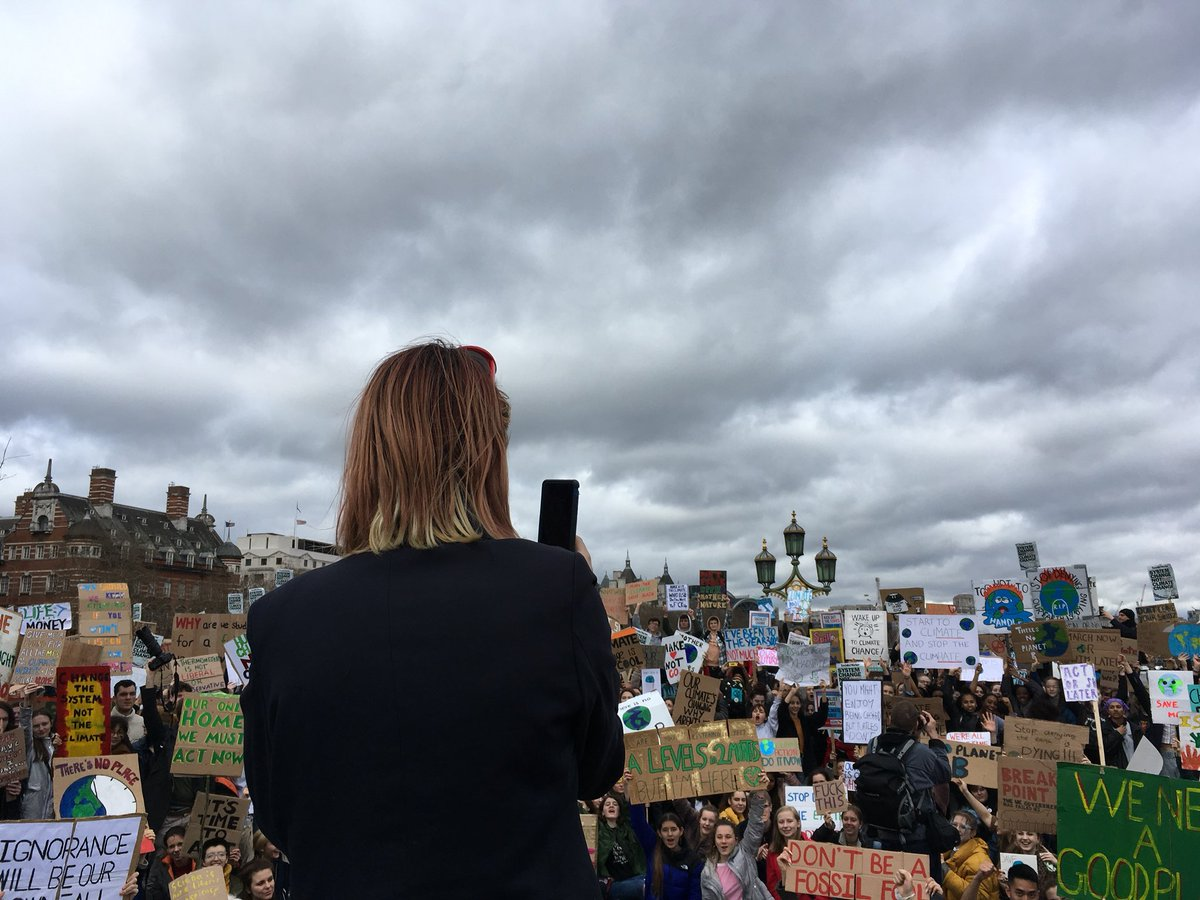 Extinction Rebellion ⌛️'s photo on #YouthStrike4Climate