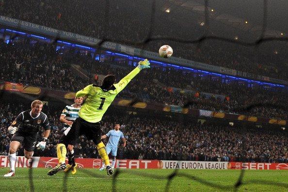 Ultima Barreira's photo on Liga Europa
