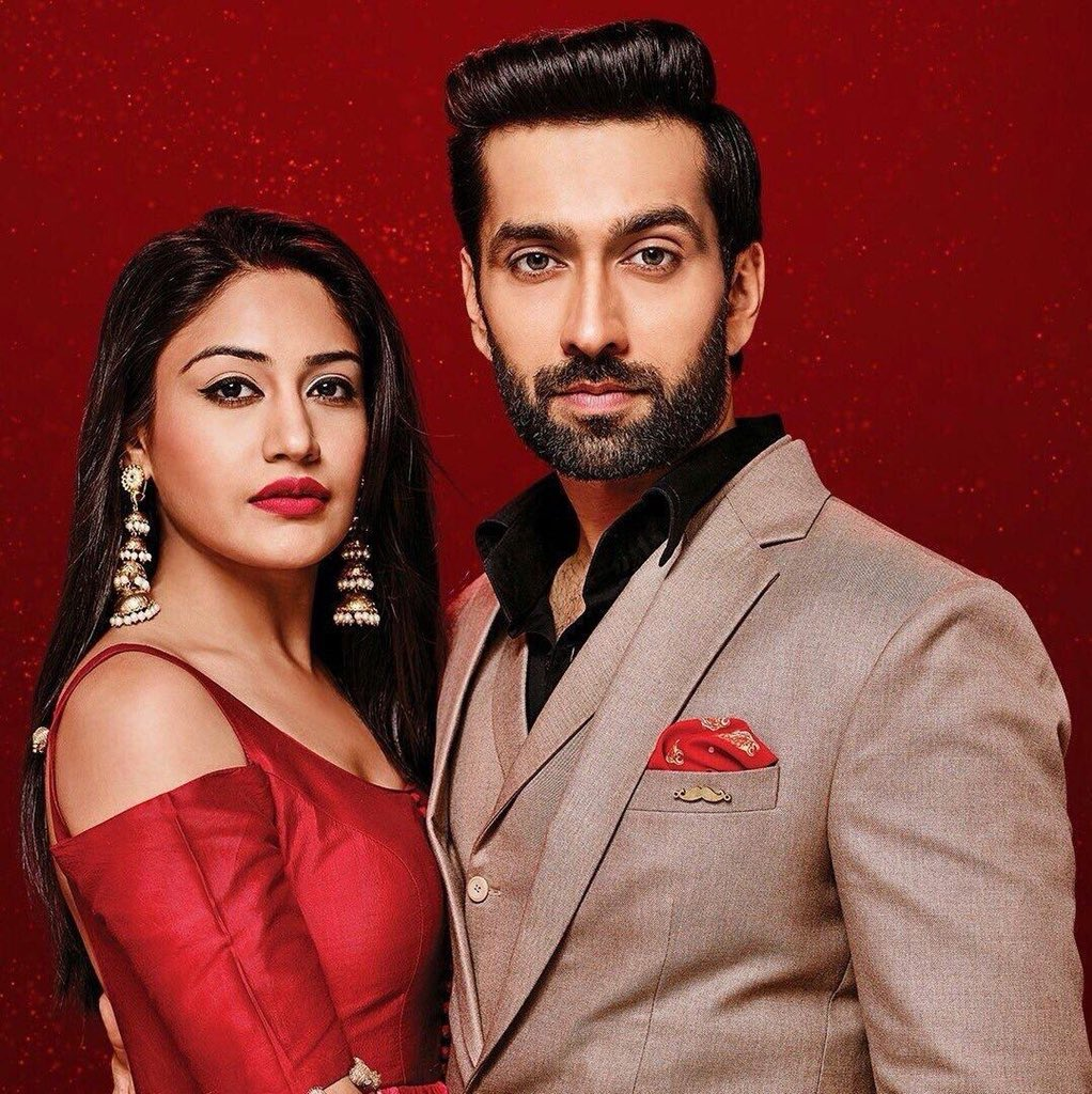 From 27 June, 2016 to 14 Dec, 2018 2 years 5 months 17 days ➜694 Eps ➜900 Days ➜21600 Hours ➜1296000 Minutes ➜77760000 Seconds OF MADNESS KHIDKITOD ISHQBAAAZI 42 AWARDS This is our ISHQBAAAZ This is the most beautiful fan family. #ShivikaKaIshqbaaaz #ShivikaForever<br>http://pic.twitter.com/hPwsCT7nyN