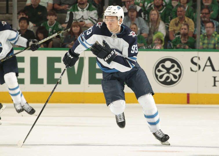 Complete Hockey News's photo on Kristian Vesalainen