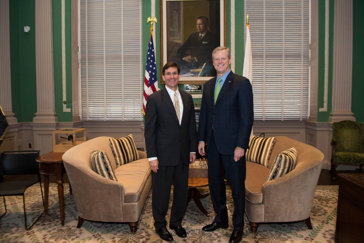 Great morning with @MassGovernor & @marty_walsh discussing avenues to assist our @USArmy recruiting efforts in the @CityOfBoston. Special thanks to Boston Commissioner William Gross & @MassGov @CASA_Army Brian Concannon for your continued support to the @USArmyNE team!