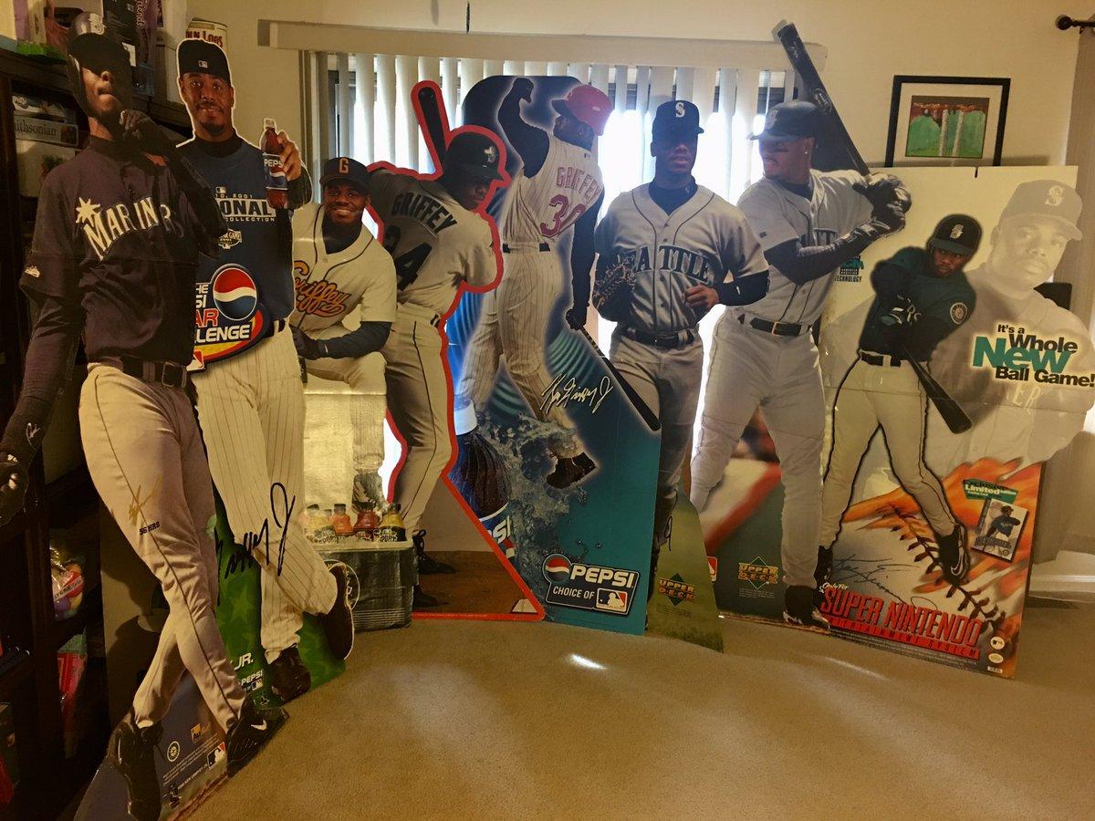 A Gathering of Griffeys aka My 2019 #FantasyBaseball #StartingLineup  #Mariners #RedsOpeningDay #Seattle #Phillies #MLB #Powertrip #FridayMotivation #24Ever #30Clubs30Days #Reds #WhiteSox #Philly #HOF #HallofFame #MLBDraft #MLBTheShow19 #MLBTheShow #MLB開幕戦