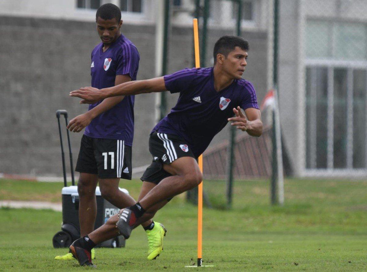 Diario Olé's photo on La FIFA