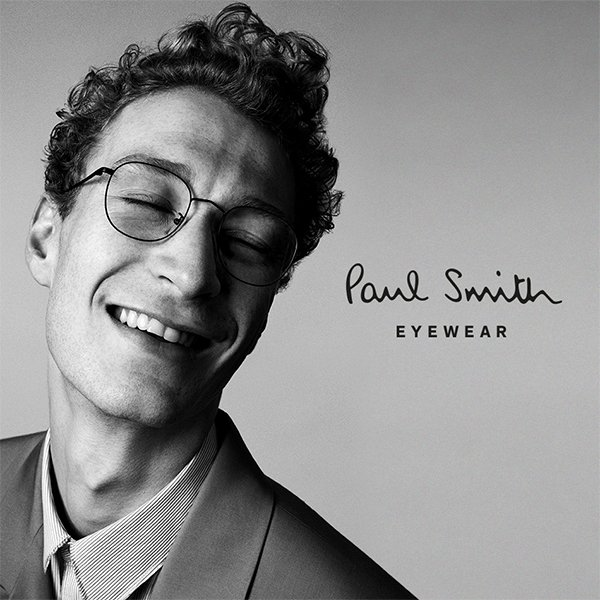 More chances to #win! Just follow, like &amp; RT to win these amazing Paul Smith glasses! #Competition ends 22/03 - good luck! #FreebieFriday #FridayFeeling <br>http://pic.twitter.com/azv2WaTAWQ