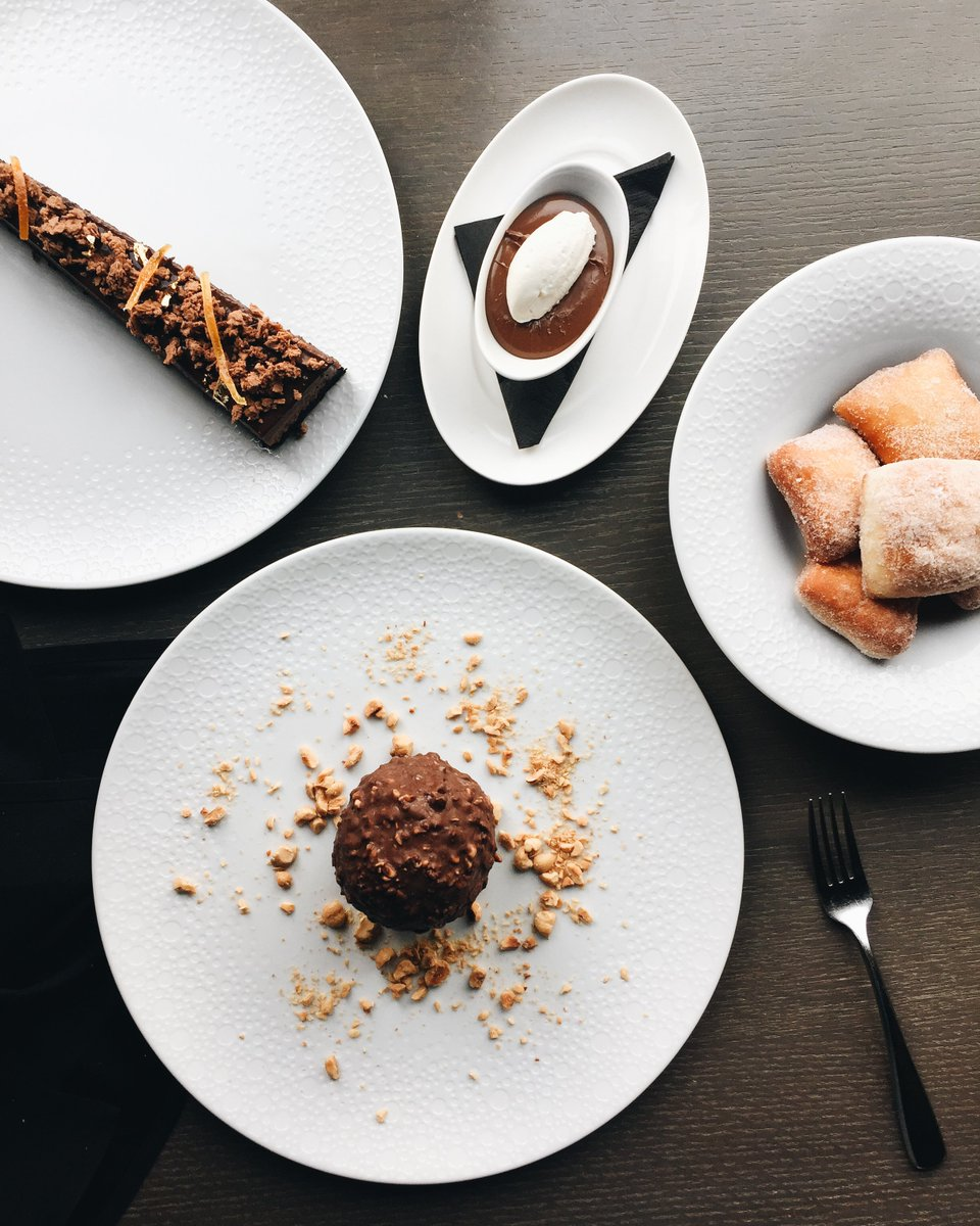Save the best for last. Take your pick – or choose all three. (We won't tell!) The Hazelnut Tartufo, Bomboloni with Vanilla Sugar, plus the Chocolate Torta with candied orange and 14K gold. https://t.co/GVtfk16gJp