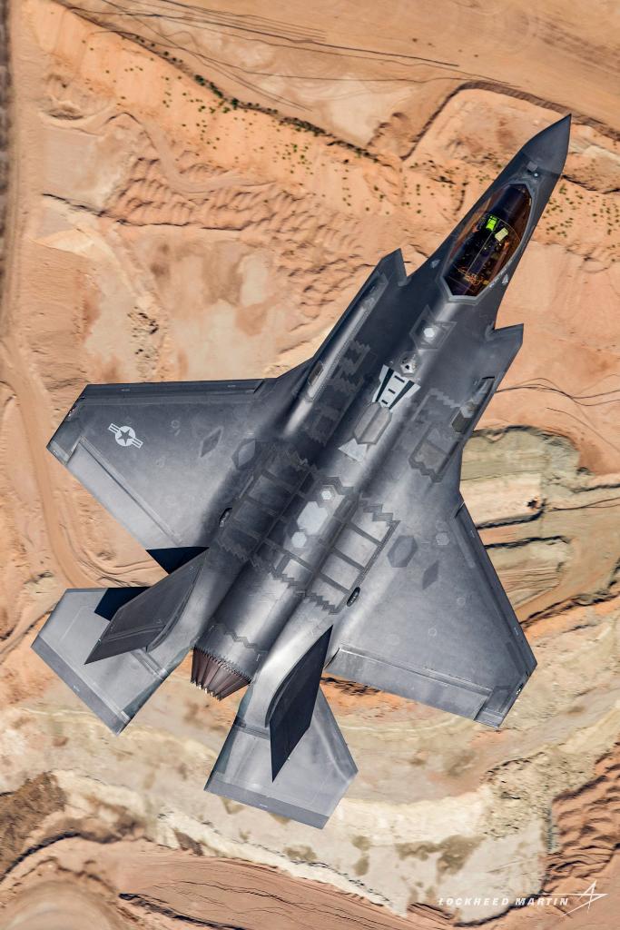 ВПС США провели перше бойове випробування винищувачів-невидимок F-35A в Іраку - Цензор.НЕТ 6387