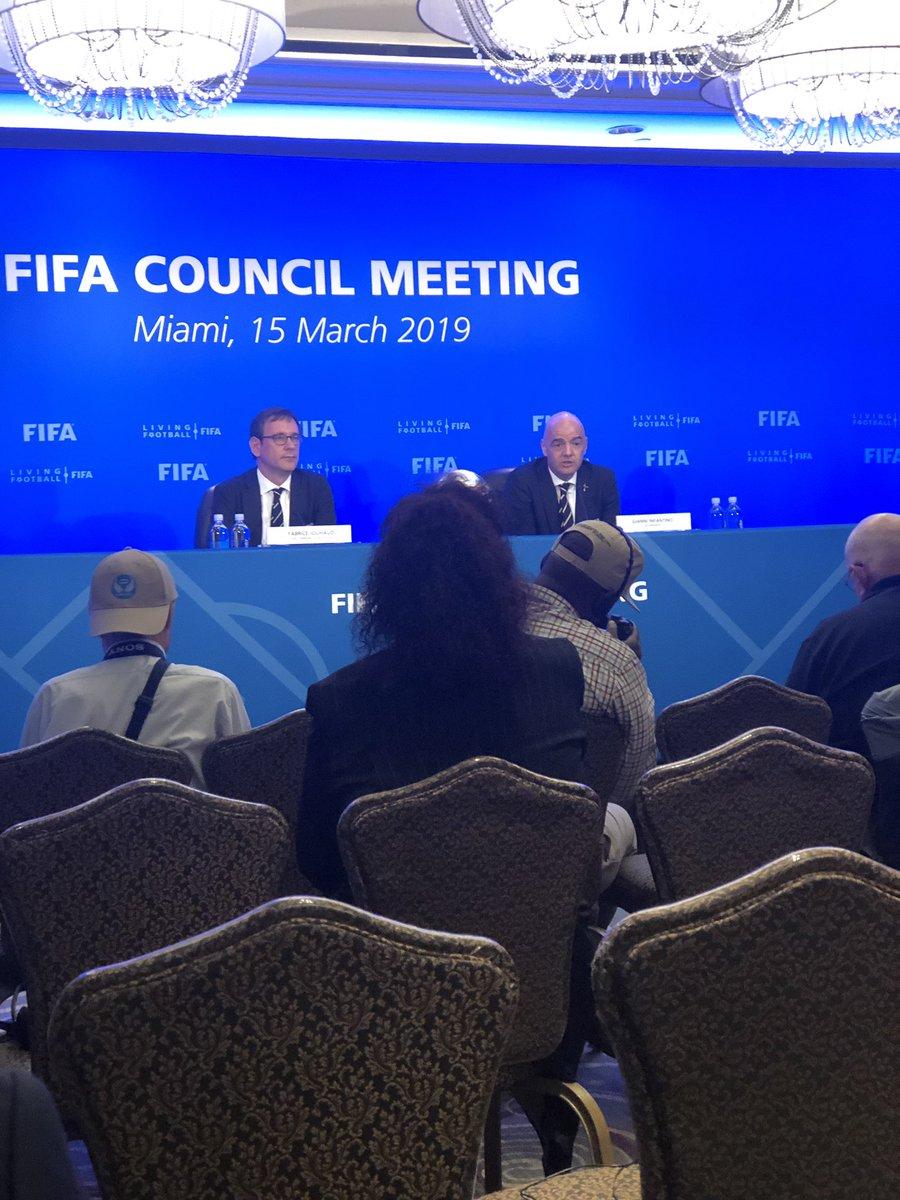 Gianni Infantino: estoy muy feliz de anunciarles un nuevo Mundial de clubes 2021 con 24 equipos #FIFACouncil – at The Ritz-Carlton Coconut Grove, Miami