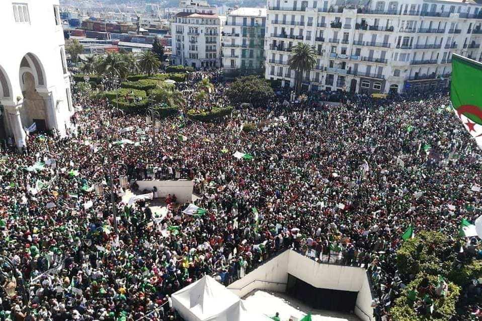 Radio Algérienne's photo on ET 1