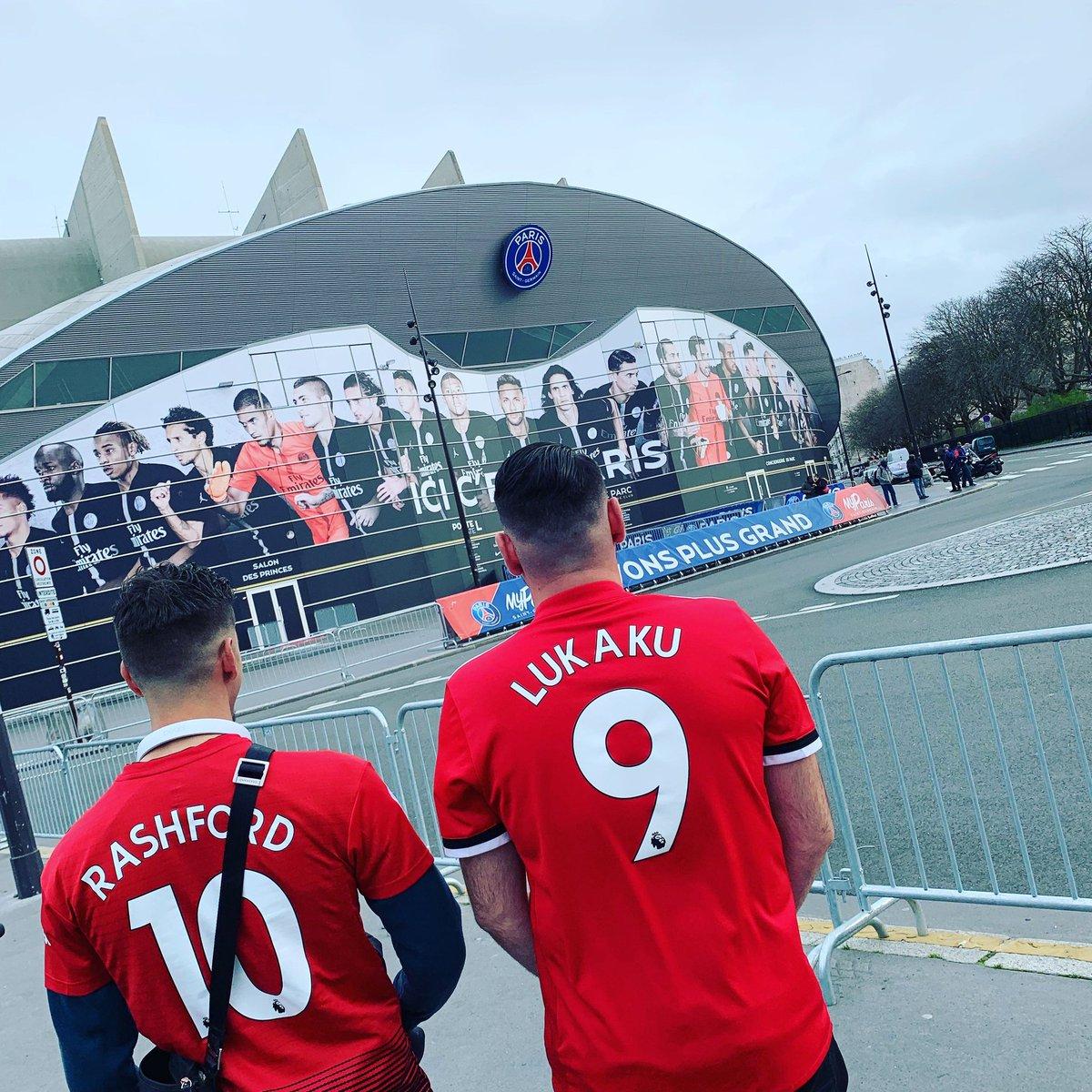Sur les lieux du hold-up. #MUFC #MUNPSG @MarcusRashford @RomeluLukaku9 @ManUtd