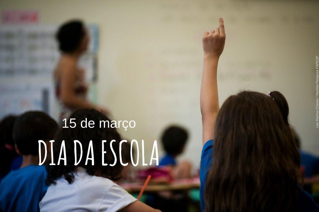 Bib Virtual FAPESP's photo on #DiaDaEscola