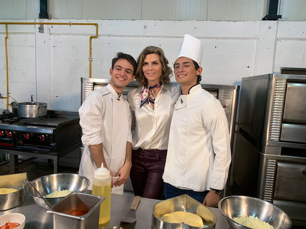 Montse & Joe's photo on #estabasoñandoque