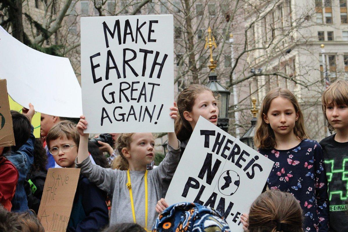 Matt Weiser ⓥ's photo on #YouthStrike4Climate