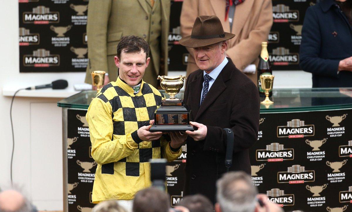 Racenews's photo on Willie Mullins