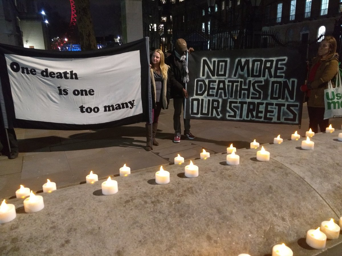 lnnmhomeless group's photo on #NoMoreDeathsOnOurStreets