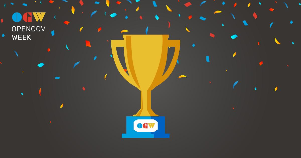 Let's celebrate! We're handing out 3 awards for #OpenGovWeek and recognizing the work done by event organizers. The first category is inclusion and the winner is @RichardPietro with his Toronto #OpenGov celebration!