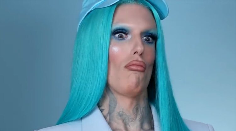 My face @ literally every swatch from the #BlueBlood palette.  <br>http://pic.twitter.com/VcmbmybDL7