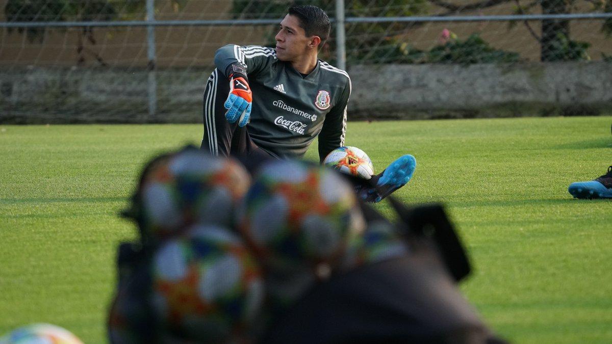 Selección Nacional's photo on Jonathan Orozco