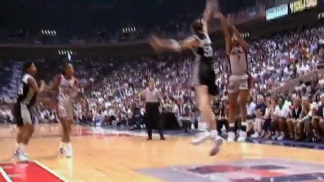 One for the books ✨📚 Relive the first WNBA season in 1997 🎞️  #WNBAVault #WomensHistoryMonth