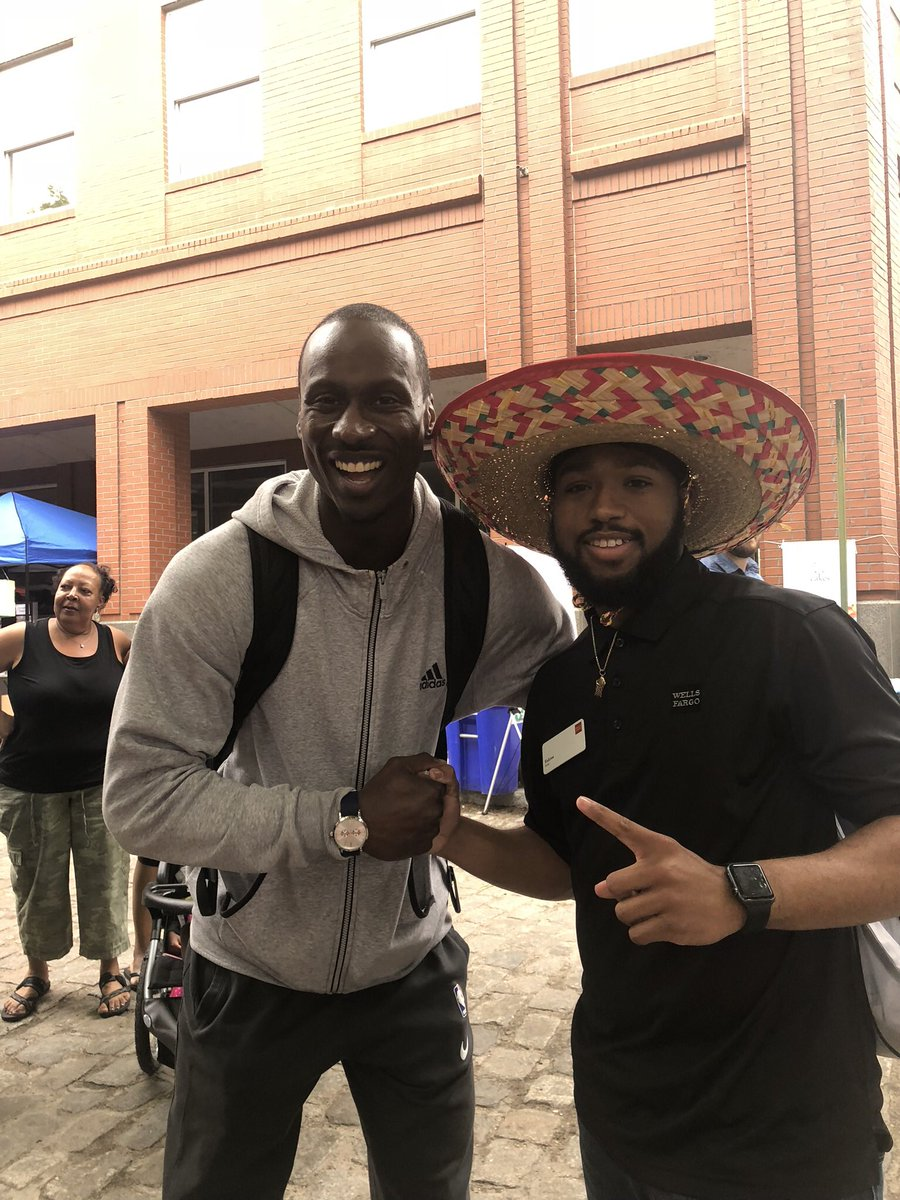 Can y'all make sure he sees this? Cinco De Mayo Fest RVA '18 @Lakers @SouthBayLakers