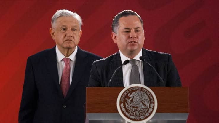 Enrique Galvan Ochoa's photo on Santiago Nieto