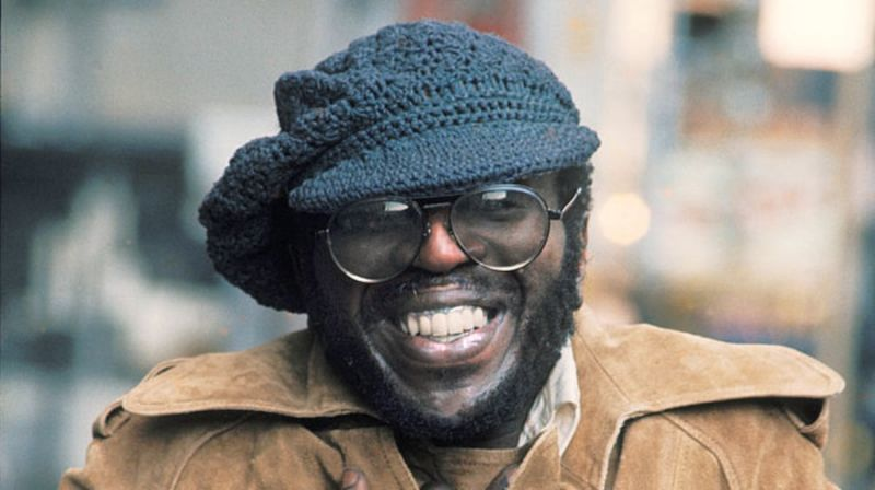 TODAY IN MUSIC HISTORY: #CurtisMayfield was inducted into the Rock &amp; Roll Hall of Fame during a ceremony at New York City&#39;s Waldorf-Astoria Hotel 20 years ago on March 15, 1999 | Explore more here:  https:// bit.ly/2FcTnWT  &nbsp;  <br>http://pic.twitter.com/4KsD6fJVY5