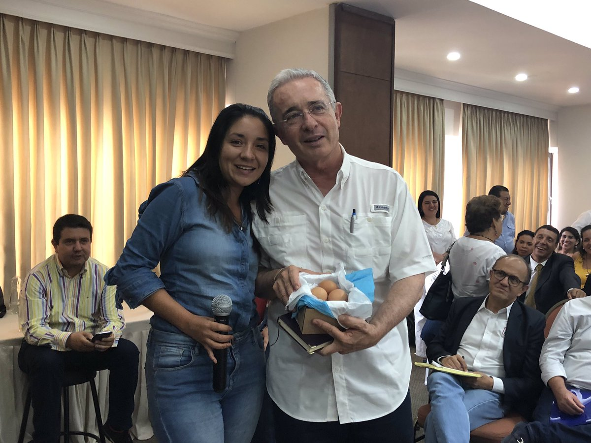 Álvaro Uribe Vélez's photo on Fortuna