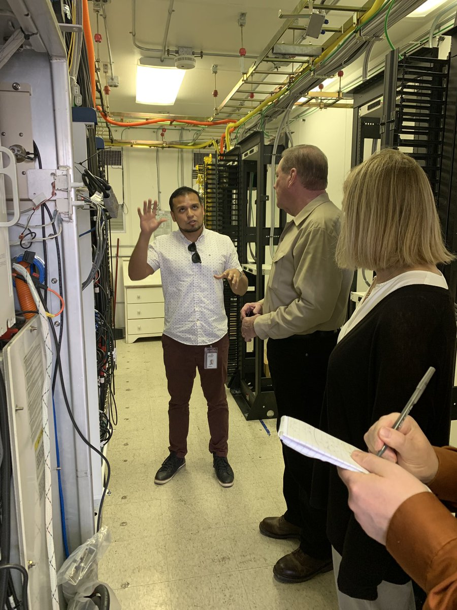 "Today Verizon hosted @DrNealDunnFL2 for a #5G tour in #PanamaCity as the network team is hard at work laying the groundwork for the new technology. Stops included our hub site, the ""brains"" of our network, &amp; small cells hidden in plain sight. The possibilities are exciting! <br>http://pic.twitter.com/QmdAjn5BCM"