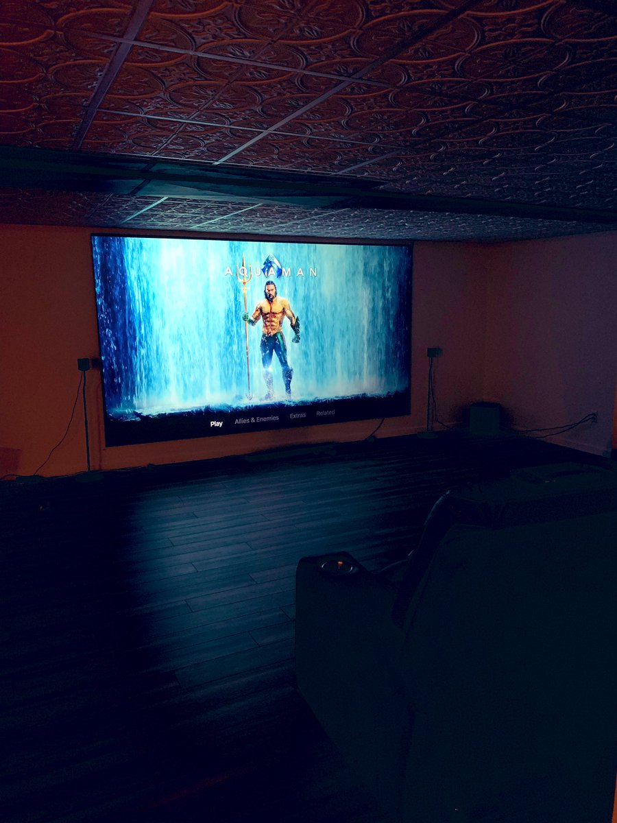 My home theater is so sick I need to share this with more people. RT for chance to come over & watch a movie.