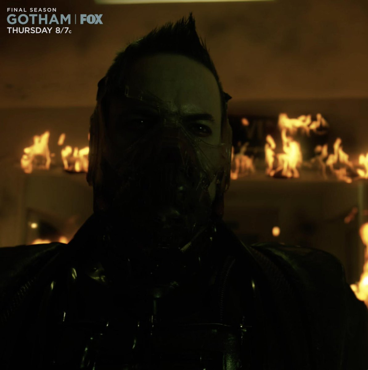 There are only THREE episodes of #Gotham left...   We'll take you to a new world on Thursday.