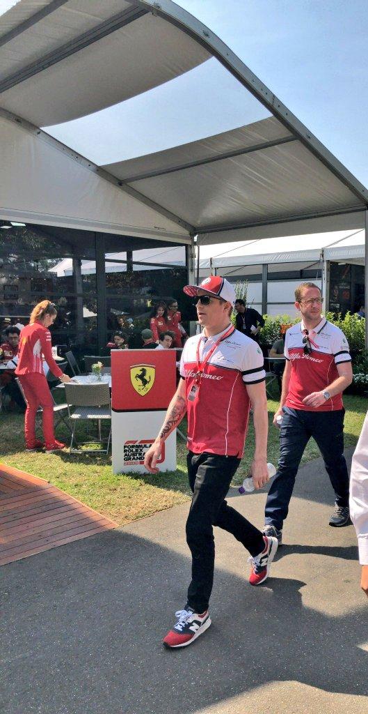 When your last World Champion walks past you casually like...  #AustralianGP #Kimi7 #ForzaKimi<br>http://pic.twitter.com/piV35MScyI