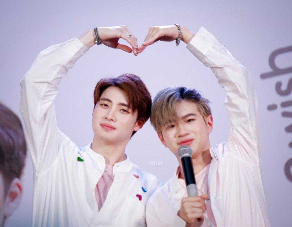 Seeing your smile is my biggest motivation every day. Cr:JAYJAY #2WishPinkmarket #CenterpointSiamSquare<br>http://pic.twitter.com/u5YoaX7tPE